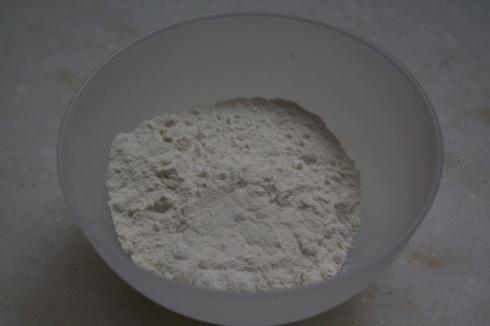 4 colheres (sopa) farinha de trigo
