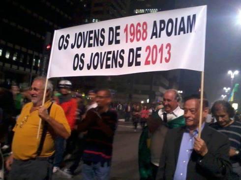 Os jovens de 1968 apoiam os jovens de 2013