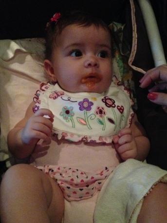 bebe-comendo-papinha